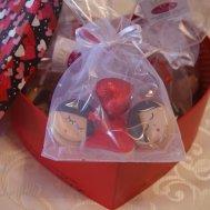 kutu içinde çikolata keseleri
