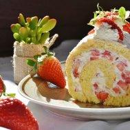 New Fresh Rulo Cake